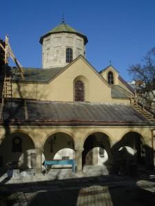 KIF 18232 225x300 Die Armenische Mariä Entschlafenskathedrale in Lemberg