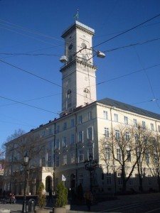 SDC12392 225x300 Der Rynok–Platz in Lemberg